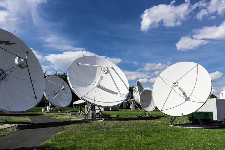 Benefits Of Satellite Internet – Internet Service Provider (ISP), Modern Satellite Dishes