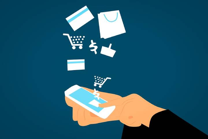 How can you track the price of a product using a wishlist?