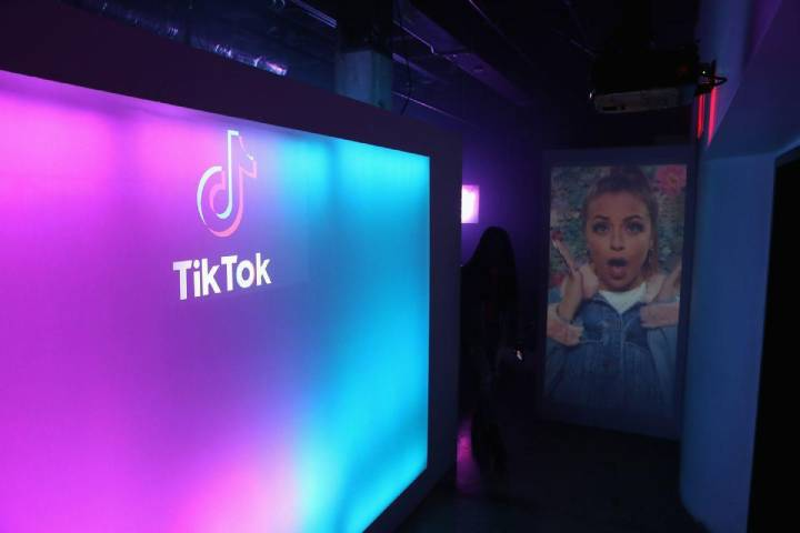 Solid TikTok Following Video-Sharing Social Networking Service